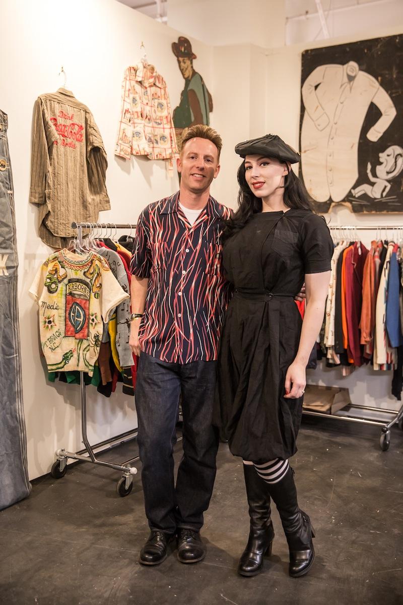 ハリウッドの古着屋「SNAPPY GABS」の店長とレディ・ガガ似(?)なスタッフさん